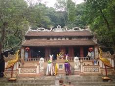 thue-xe-di-den-ong-Hoang-Muoi