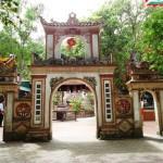 Thuê xe đi đền Sòng cô Chín, đền Con Cuông, ông Hoàng Mười